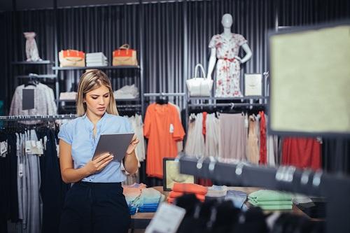 le spécialiste de mode et de haute couture à Paris